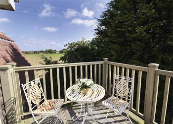 rent Garden-Loft-Self-Catering-Holiday-Cottage