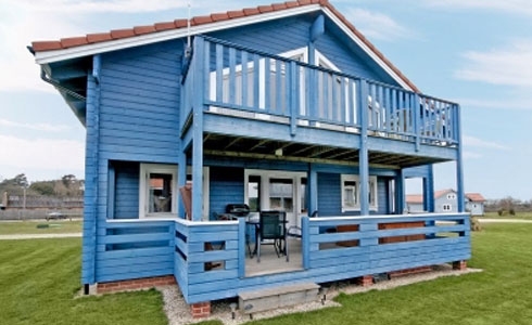 Blue-Pine-Lodge-Holiday-Cottage-Gorleston