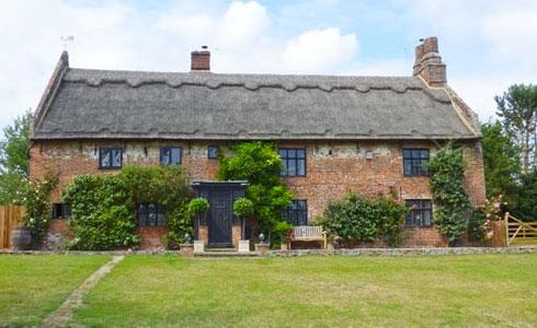 The-Manor-House-Holiday-Cottage-Gorleston